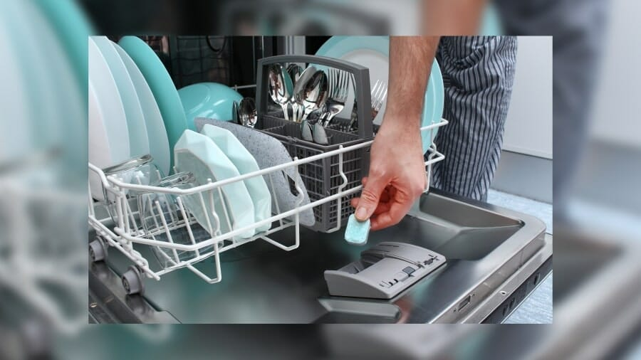 How to load a Dishwasher F. Image 900x506-01